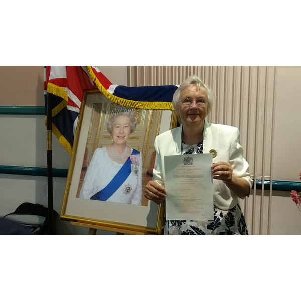 Inga Lockington with certificate
