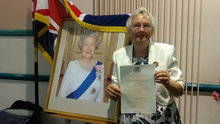 Inga Lockington with certificate